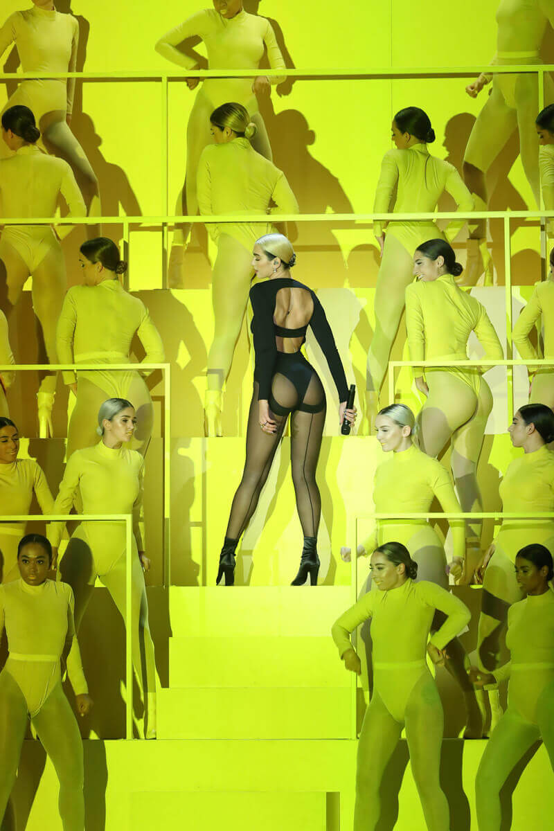 Dua Lipa en los MTV Music Awards